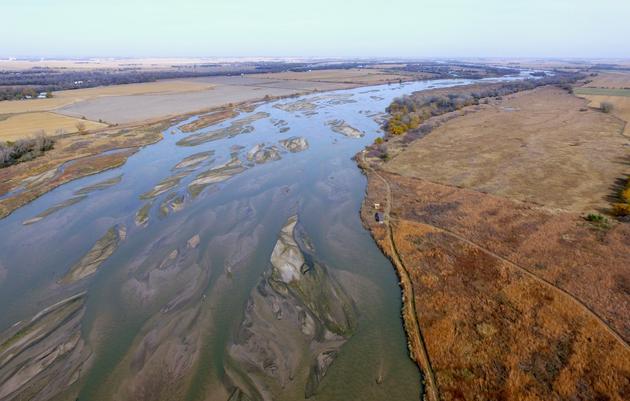 Rowe Adventures: Play in the Platte